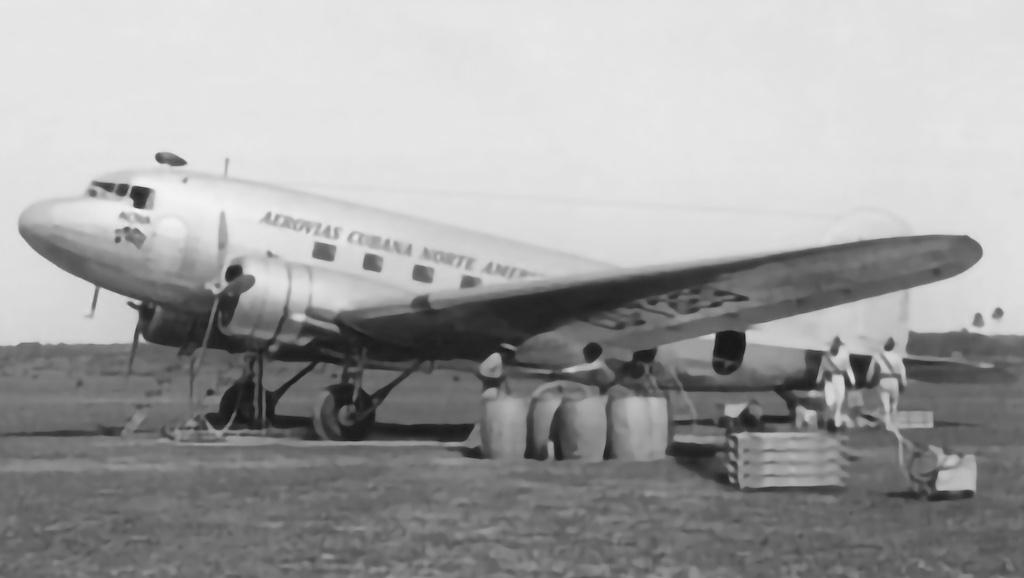 Douglas C-47-DL CU-T263